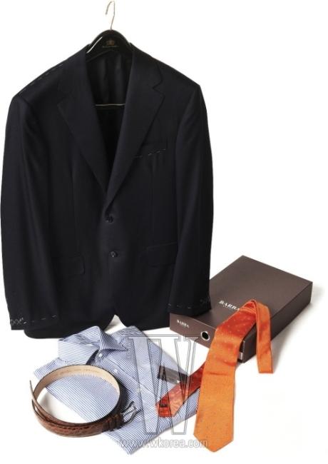 1. 테일러드 재킷은 옥스퍼드 클로스 제품. 7백만원대. 2. 셔츠는 바바 제품. 30만원대. 3. 타이는 얼터널 크라바트 제품. 20만원대. 4. 벨트는 오르치아니 제품. 50만원대.