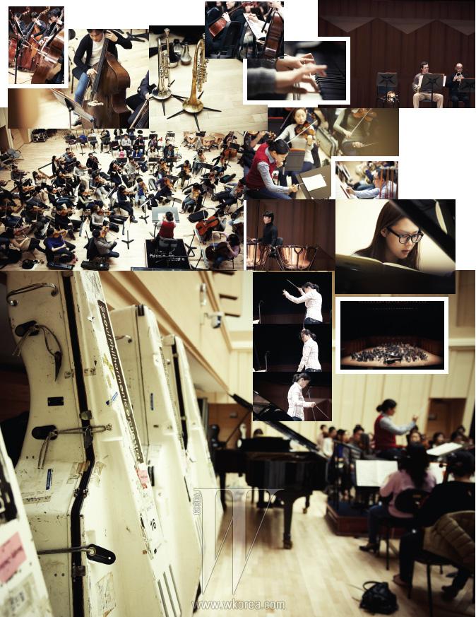 서울시향과 피아니스트 손열음의 공연 리허설,성시연 지휘자에게서는 에너지가 뿜어져 나왔다.지휘자의 몸짓을 보고 오케스트라가 음악을연주하는 것이지만 때로 연주회장에서는 거꾸로,포디엄 위의 지휘자가 음악에 맞춰 춤추듯움직이는 것으로 보이기도 한다.어느 편이건 그 음악을 배경으로 역동적으로움직이는 뒷모습의 조화는 아름답다.정명훈 예술감독이 지휘한 베토벤 5번과7번 연주 프로그램에서도 최근의 물오른실력을 입증한 서울시향은 3월 29일의차이콥스키 협주곡과 슈만 교향곡에서도 역시,우리가 사는 도시가 이런 관현악단을 가졌다는사실을 자랑스럽게 여기게 만들었다.