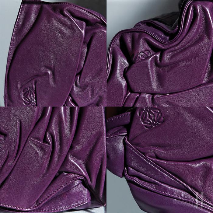 부드러운 나파 가죽 소재의 보라색 플라멩코 백은 Loewe 제품.