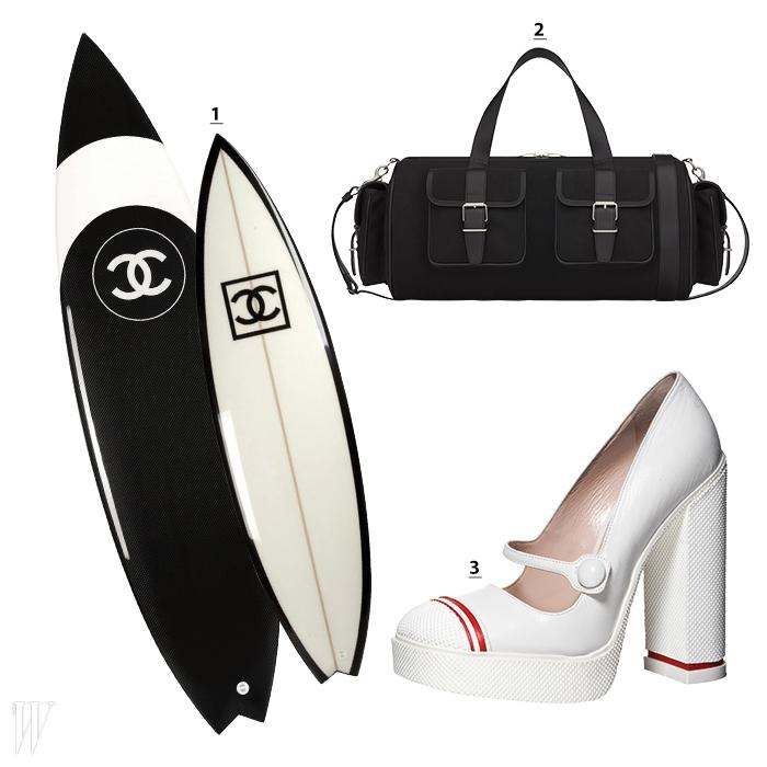 1. 패션 피플들이 서핑에 빠지도록 만드는 데 일조한 샤넬의 서핑보드. 2. 운동장이나 헬스클럽에 갈 때 들고 다닐 법한 생로랑 파리의 짐(Gym) 백. 3. 라이닝이 들어간 흰색 스니커즈를 연상시키는 미우미우의 메리제인 슈즈.