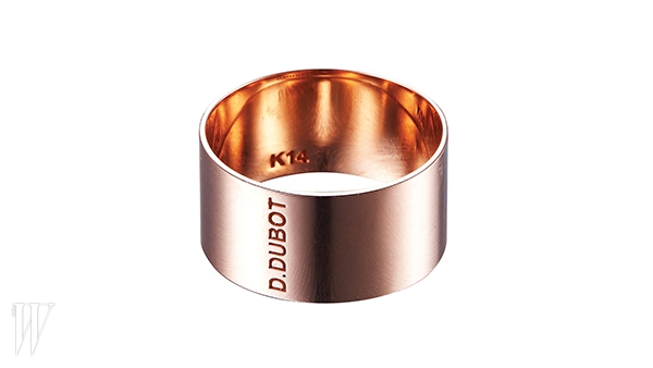 DIDIER DUBOT 14K 골드로 만든 반지. 99만8천원.