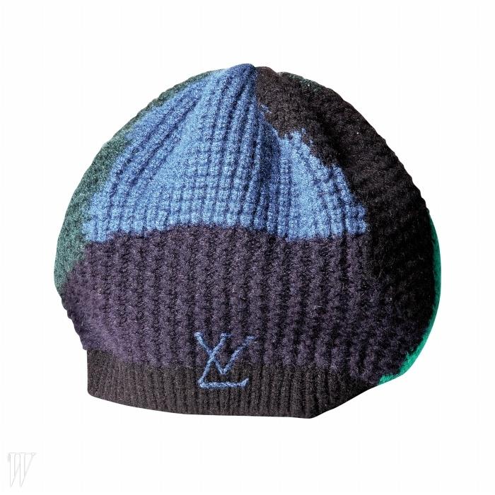 LOUIS VUITTON 로고 장식의 컬러 블록 니트 모자. 가격 미정.