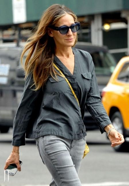 사라 제시카 파커- 토즈 블루 컬러 선글래스 in NEWYORK