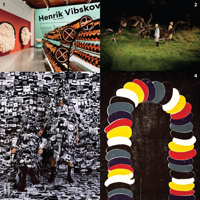 1. 2014년 초 헬싱키에서 열린 헨릭 빕스코브 개인전 전경.그가 컬렉션에서 선보인패션 인스톨레이션을 총망라한 기획이었다.2. 2010년 봄/여름 컬렉션인'The Solar Donkey Experiment'.3. 헨릭 빕스코브와 안드레아스 에메니우스의공동 프로젝트였던 'Fringe Project 1' (2007).4. 베를린의 풀 갤러리에서 열린 전시<The Panda People and Other Works>에 소개된 드로잉.