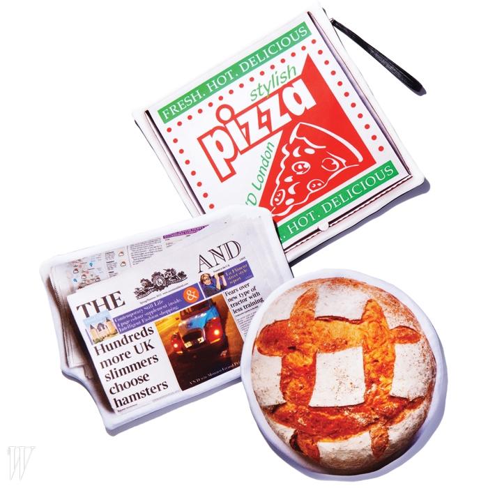 피자와 신문, 빵에서영감을 얻은 위트 넘치는트롱프뢰유 클러치는모두 아즈미앤데이비드by 비이커 제품.각 49만5천원.