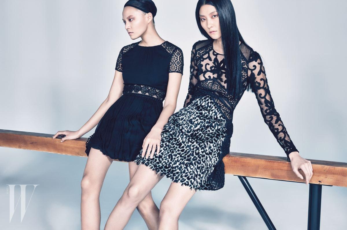 이수진이 입은 검은색 실크 레이스 시프트 드레스, 박지혜가 입은 깃털 장식 애니멀 튤 드레스는 Burberry Prorsum 제품.