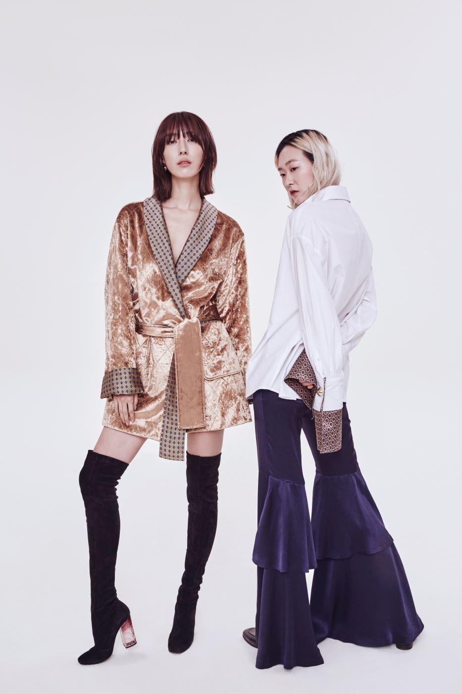 지현정이 입은 벨벳 재킷과 장수임이 입은 새틴 커프스 장식 셔츠, 티어드 러플 장식 팬츠는 모두 웰던 제품.