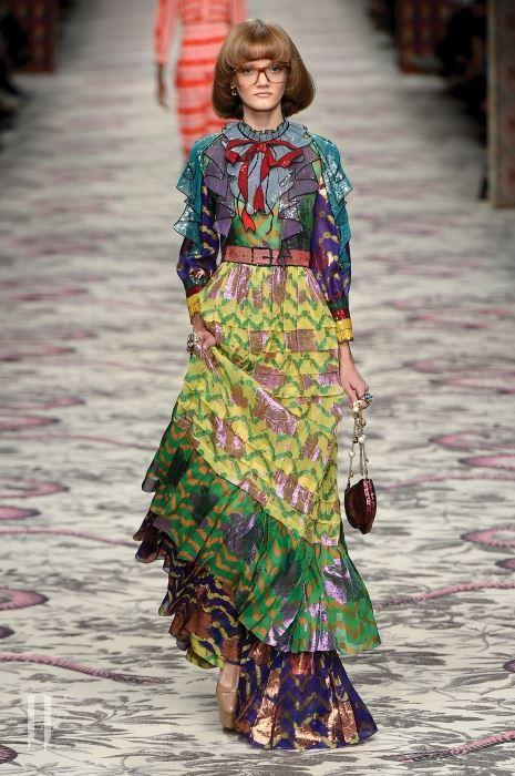 알레산드로 미켈레의 구찌 드레스