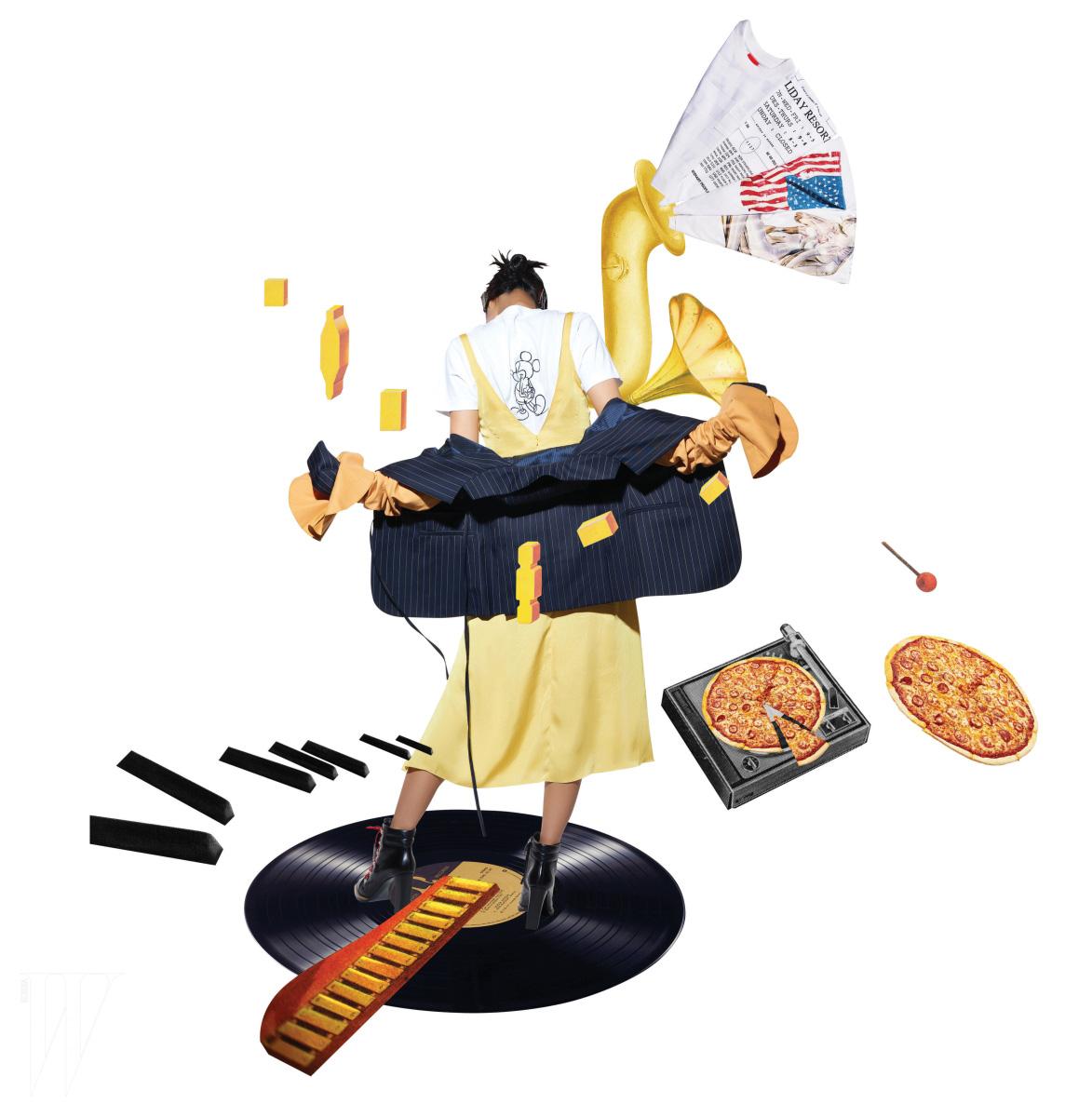 미키 마우스 프린트 티셔츠는 코치 제품. 34만원. 노란색 슬립 드레스는 질 스튜어트 제품. 29만9천원. 팔에 덧댄 머스터드 소매가 돋보이는 얇은 줄무늬 재킷은 자크뮈스 by 분더샵 제품. 1백19만원. 트레킹 스타일 부츠는 토즈 제품. 1백40만원대.