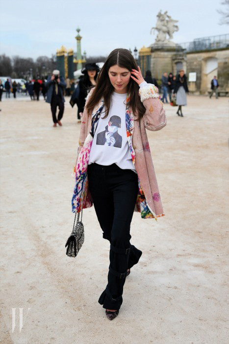 Swiss fashion model Ursina Gysi and Australian photographer Dominic Haydn Rawle arrive for the Viktor & Rolf F/W 2014 fashion show in Jardins des Tuileries during Paris Fashion Week in Paris, France. Pictured: Ursina Gysi Ref: SPL781051  280214   Picture by: Christopher Peterson/Splash News Splash News and Pictures Los Angeles:	310-821-2666 New York:	212-619-2666 London:	870-934-2666 photodesk@splashnews.com