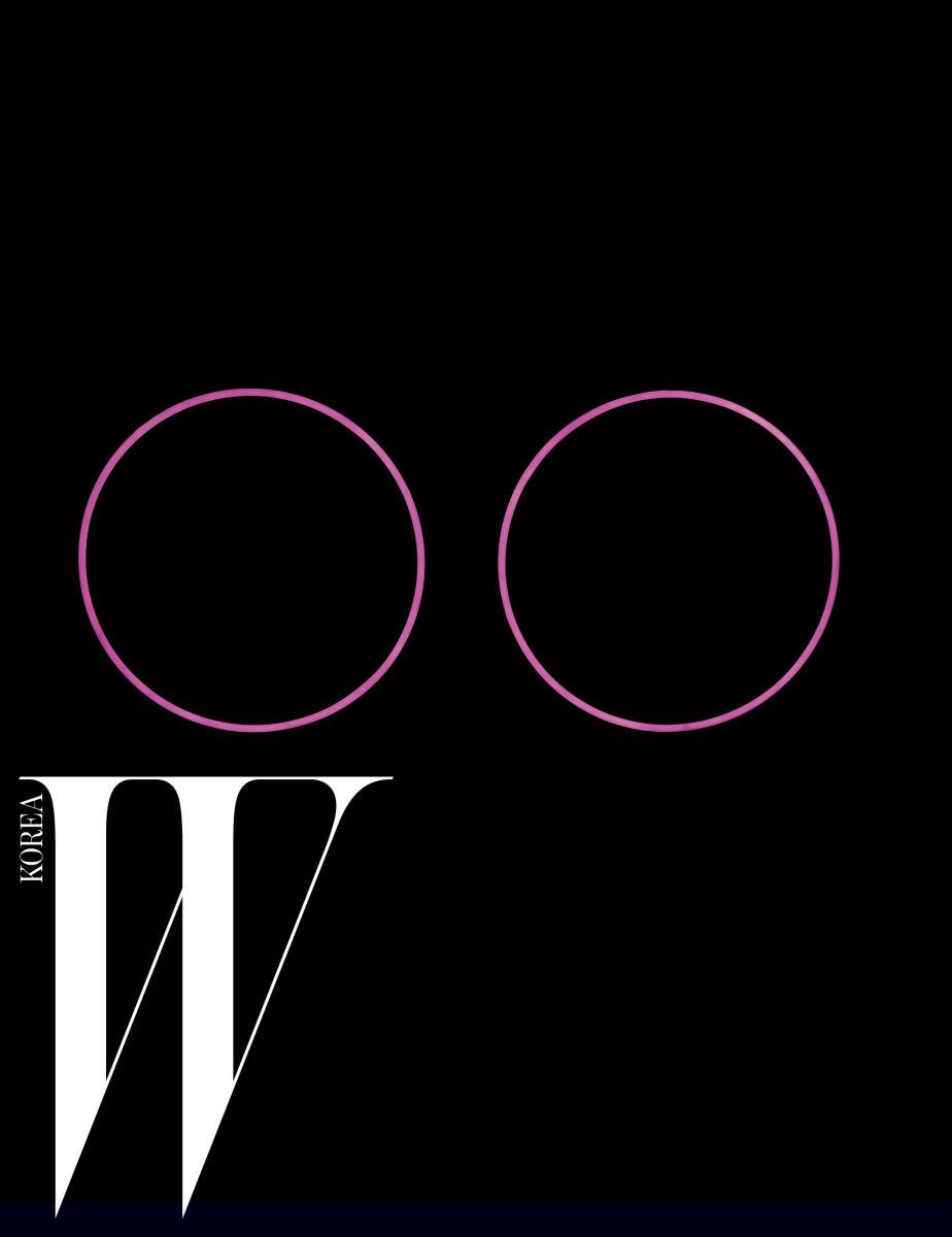 김기라 Two Circles #16 Pink #01 (2016) LED 조각과 사운드 인스톨레이션 110cm circle