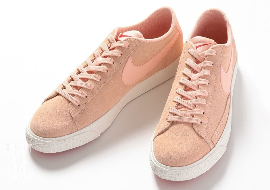 beauty-and-youth-nike-blazer-low-pink-suede-04