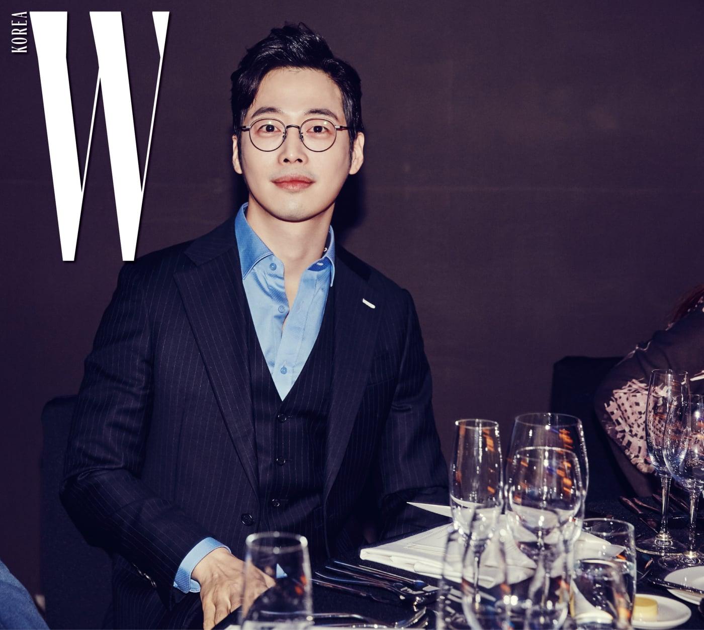 편안하게 파티를 즐긴 배우 김재원.