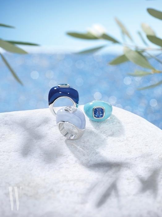 다이아몬드, 파라비아 투르말린, 터키석 등으로 다양한 바다색을 표현한 반지들.