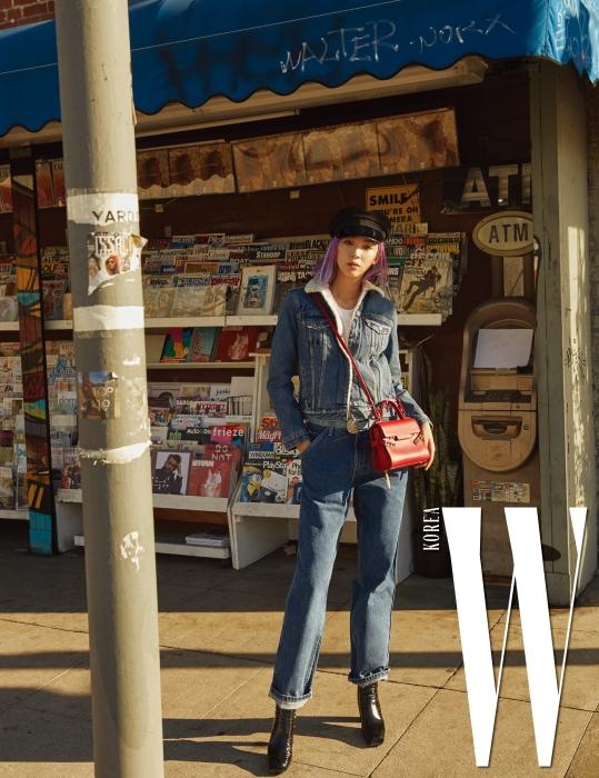 셰르파 트러커 재킷은 Levi's, 90년대 스타일의 배기팬츠는 Levi's Silver Tap 제품, 모자, 가방, 슈즈는 모두 본인 소장품.
