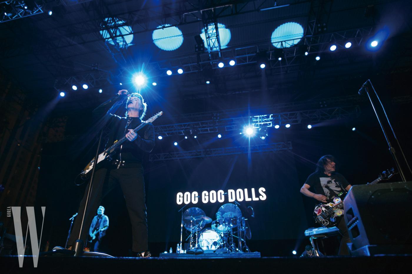 로큰롤 마라톤의 신남 포인트, 코스 마지막 대공연장에 위치한 록 밴드 공연!