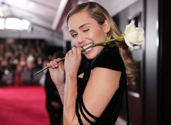 NEW YORK, NY - JANUARY 28:  Recording artist Miley Cyrus attends the 60th Annual GRAMMY Awards at Madison Square Garden on January 28, 2018 in New York City.  (Photo by Christopher Polk/Getty Images for NARAS)