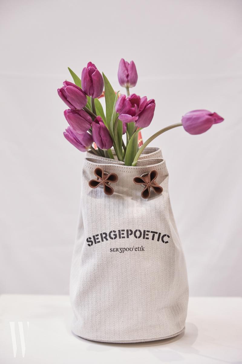 세르쥬포에틱-sergetulip_item