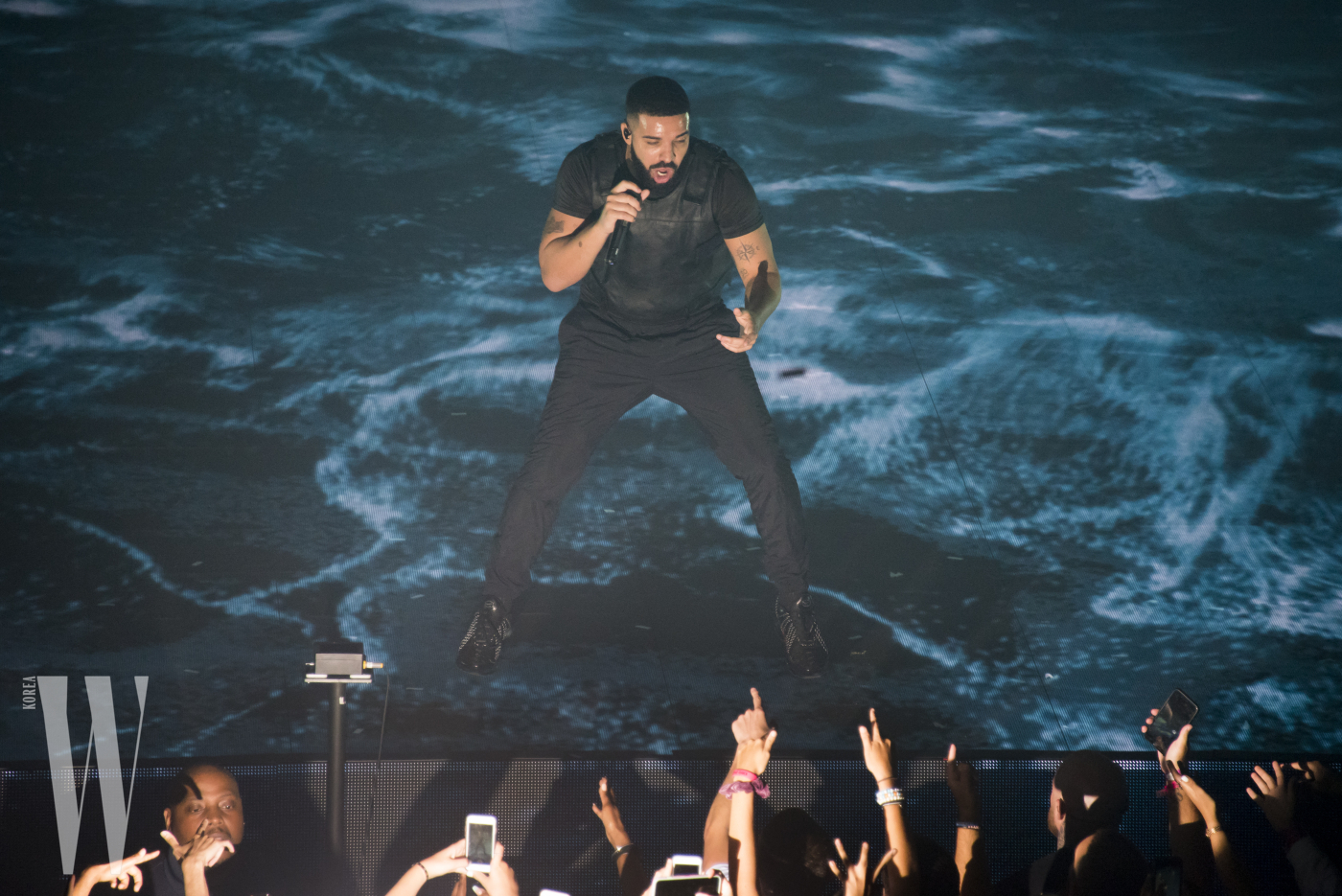 EXCLUSIVE: Drake performs at Madison Square Garden