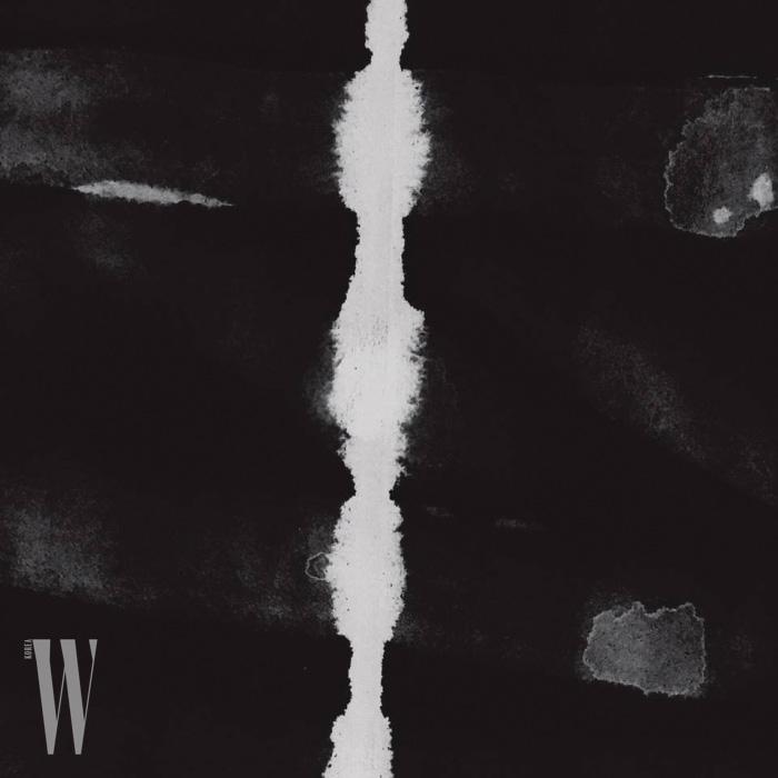 베이스, 퍼커션, 양금 3인조로 이루어진 크로스오버 밴드 동양고주파의 EP 앨범 .