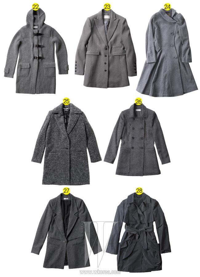 22. 니트 소재의 더플 코트는 프링글 제품. 가격 미정. 23. 테일러드 형태의 단정한 코트는 구호 제품. 가격 미정. 24. 비대칭의 여밈, 주름 장식, 벌룬 소매가 눈길을 끄는 코트는 비비안 웨스트우드 제품. 가격 미정. 25. 깔끔한 코트는 지방시 제품. 3백만원대. 26. 큼직한 주머니 장식이 돋보이는 코트는 바넷사 브루도 제품. 가격 미정. 27. 로 웨잇스트 코트는 바이 조에 제품. 59만원. 28. 방수 소재의 가벼운 코트는 질 스튜어트 제품. 69만8천원.