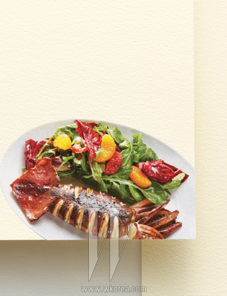 그로브 라운지'그릴에 구운 통오징어 샐러드'