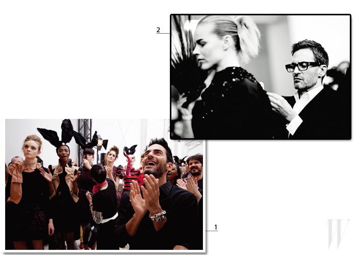 1. 모델들을 바니걸로 변신시킨 2009 F/W 루이 비통 쇼의 백스테이지. 2. 루이 비통에서 그의 마지막 쇼였던 2014 F/W 시즌 백스테이지에서 슈퍼모델 에바 헤르치고바의 룩을 살피는 마크 제이콥스.