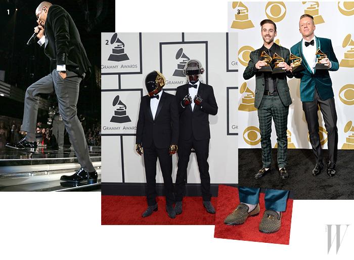 1. 톰 포드의 슈즈를 선택한 제이지. 2. . '올해의 앨범' 을 비롯해 모두 5개 부문에서 수상한 다프트펑크가 신은 부츠는 바로 생로랑 제품. 3. 맥클모어(사진에서 오른쪽)의 골드 스터드가 돋보이는 슬립온은 쥬세페 자노티.