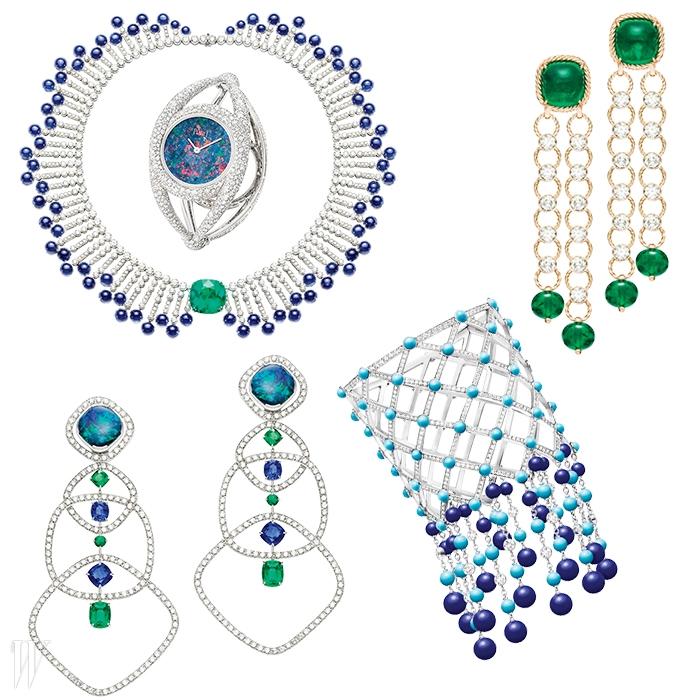 다이아몬드와 에메랄드에터키석, 오팔, 옥, 오닉스, 청금석 등화려한 색감의 스톤들을 매치해 풍부한색의 항연을 보여주는 익스트림리컬러풀 컬렉션의 주얼리들.