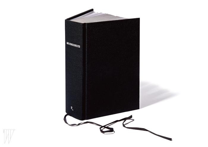 더없이 간결하고 깔끔한 책.