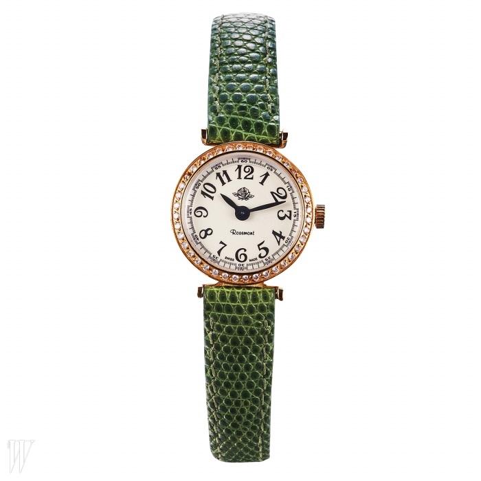 ROSEMONT BY GALLERY O'CLOCK 고풍스러운 디자인의 연두색스트랩 시계. 51만3천원.