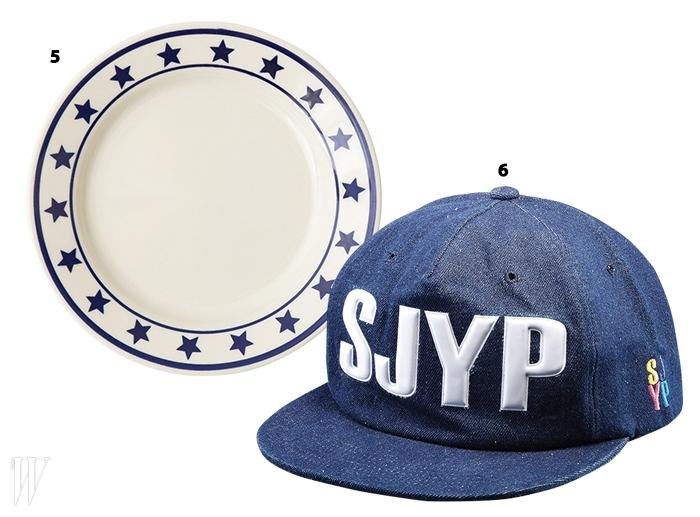 5. 맨해튼 블루 디너 접시는 피쉬스에디.6. 로고가 돋보이는 스냅백은 SJYP.