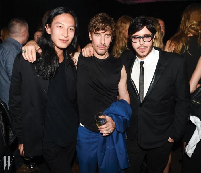 파티장에서 만난 세 명의 천재들, 알렉산더 왕과 스티븐 클라인, 프랑수아 나스.