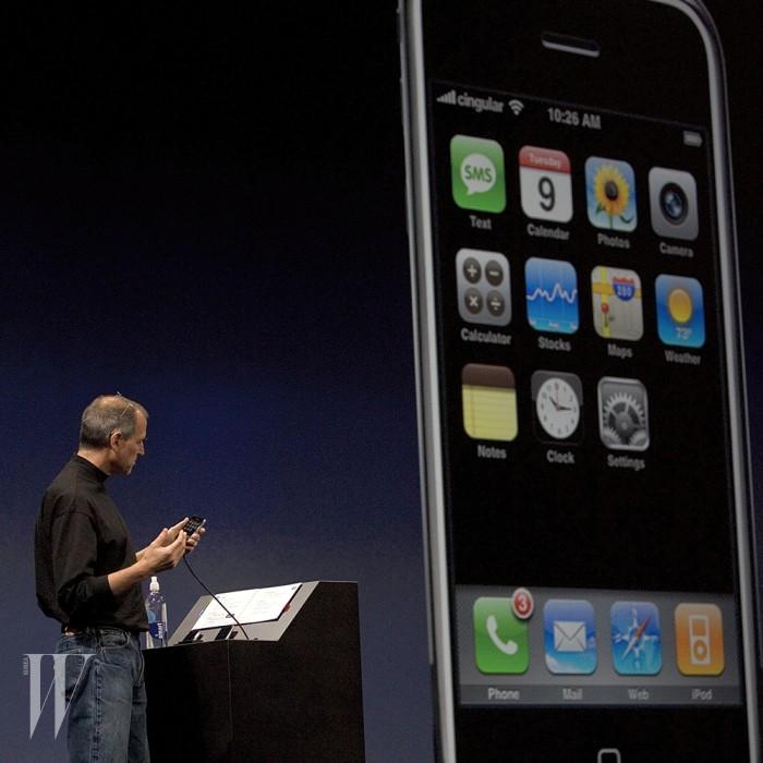 1_0006_iPhone 10 Years - 2