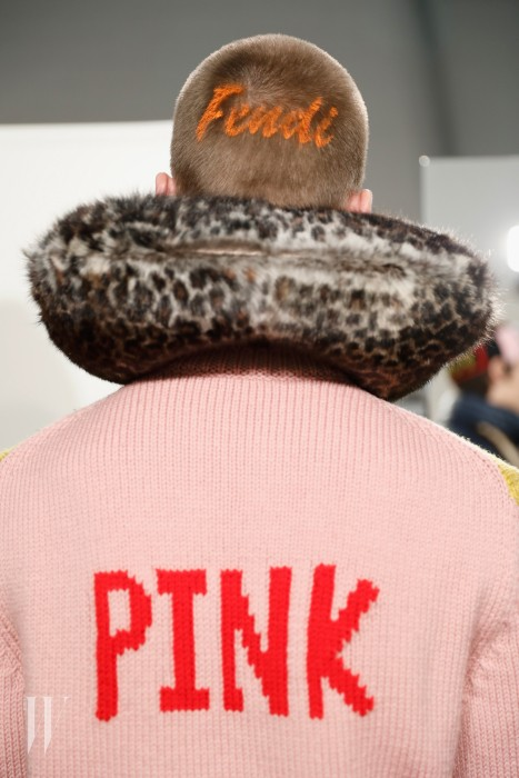 MILAN, ITALY - JANUARY 16: A model, back detail, seen backstage ahead of the Fendi show during Milan Men's Fashion Week Fall/Winter 2017/18 on January 16, 2017 in Milan, Italy.  (Photo by Tristan Fewings/Getty Images)