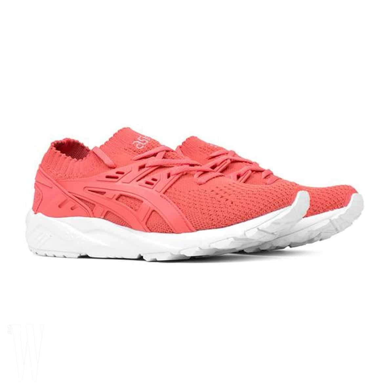 pink sneakers (1)
