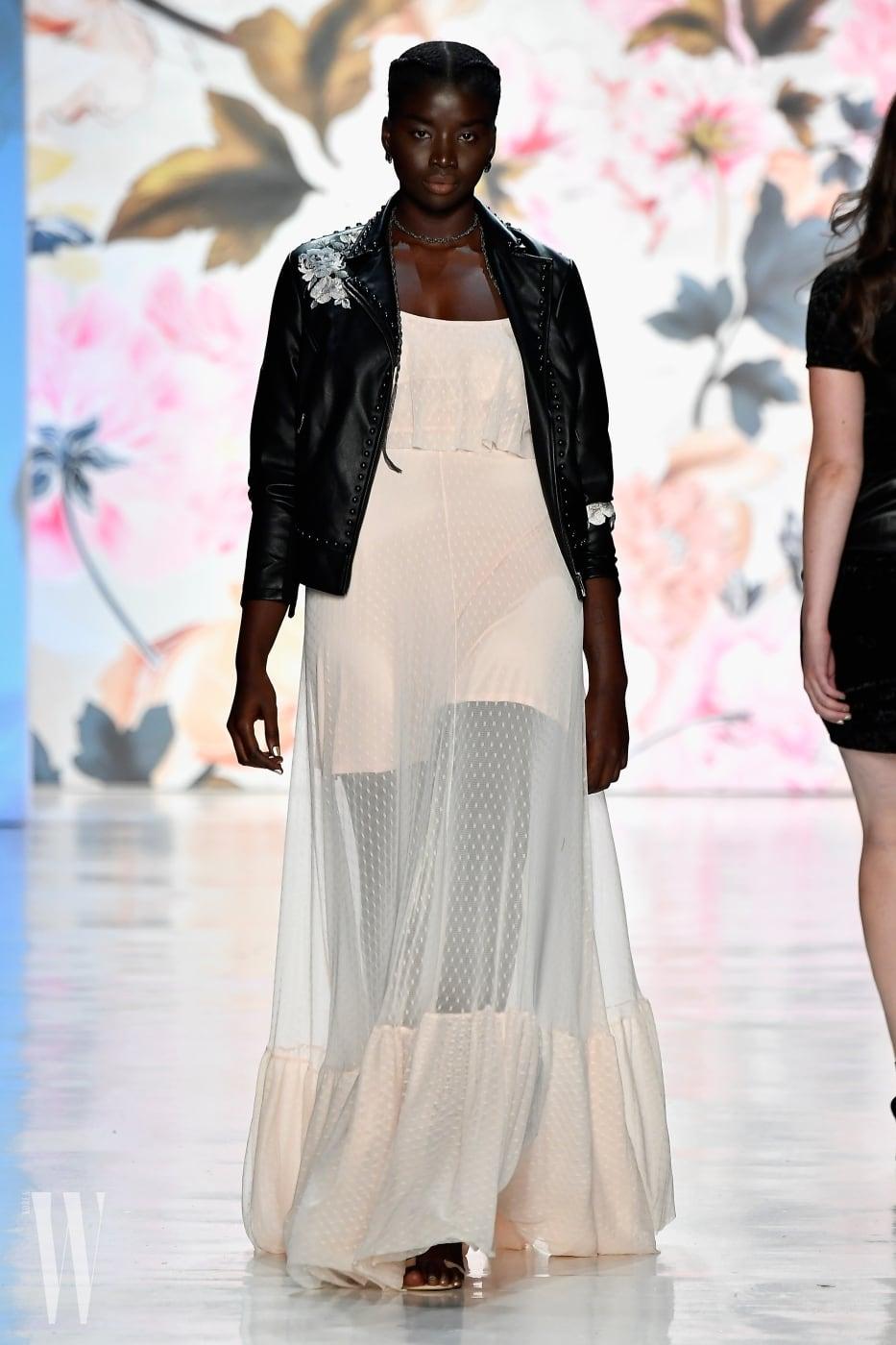 Torrid - Runway - September 2017 - New York Fashion Week: The Shows