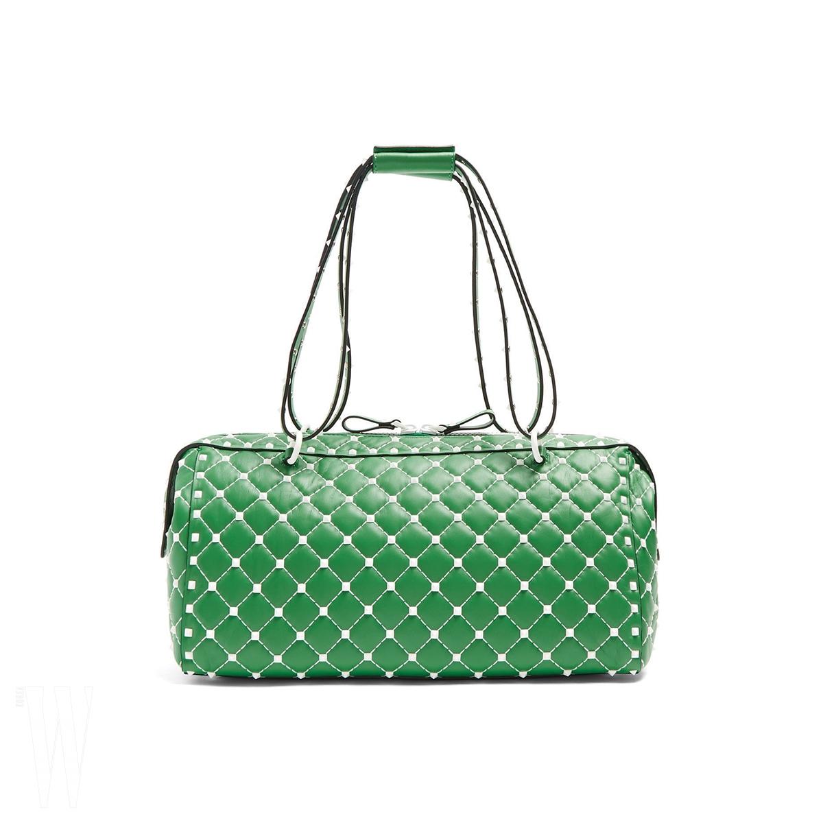 VALENTINO GARAVANI 프리 락 스터드 컬렉션 토트백은 발렌티노 가라바니 제품. 가격 미정.