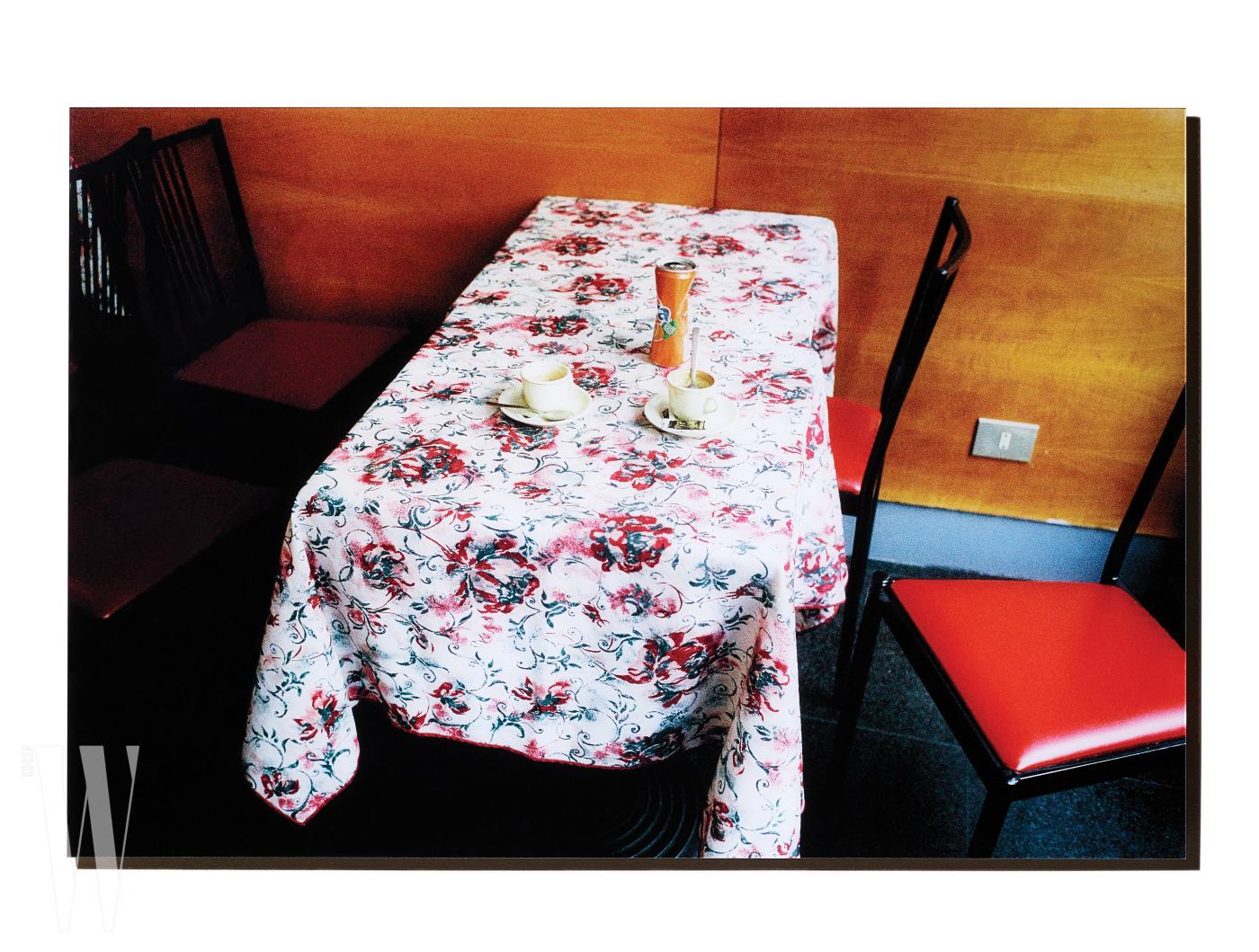 Coffee table 2015 Milan, Nam Hyunbeom by 갤러리프리다