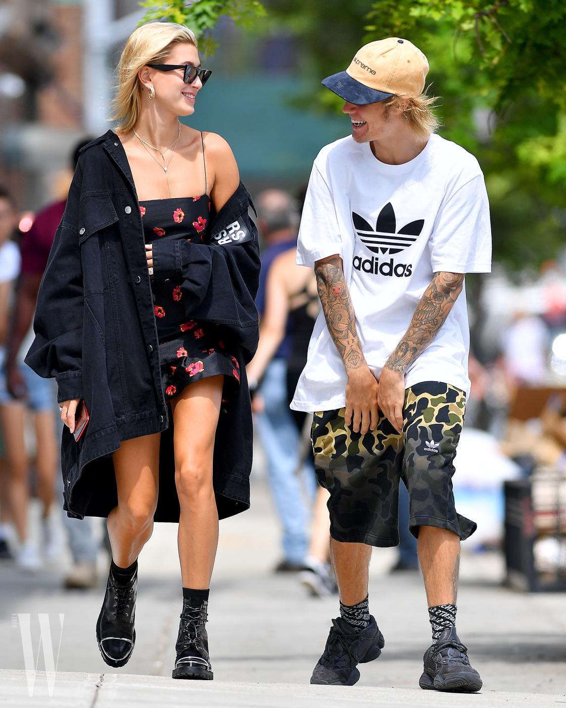 Justin Bieber and fiancee,Hailey Baldwin walk in Brooklyn,New York